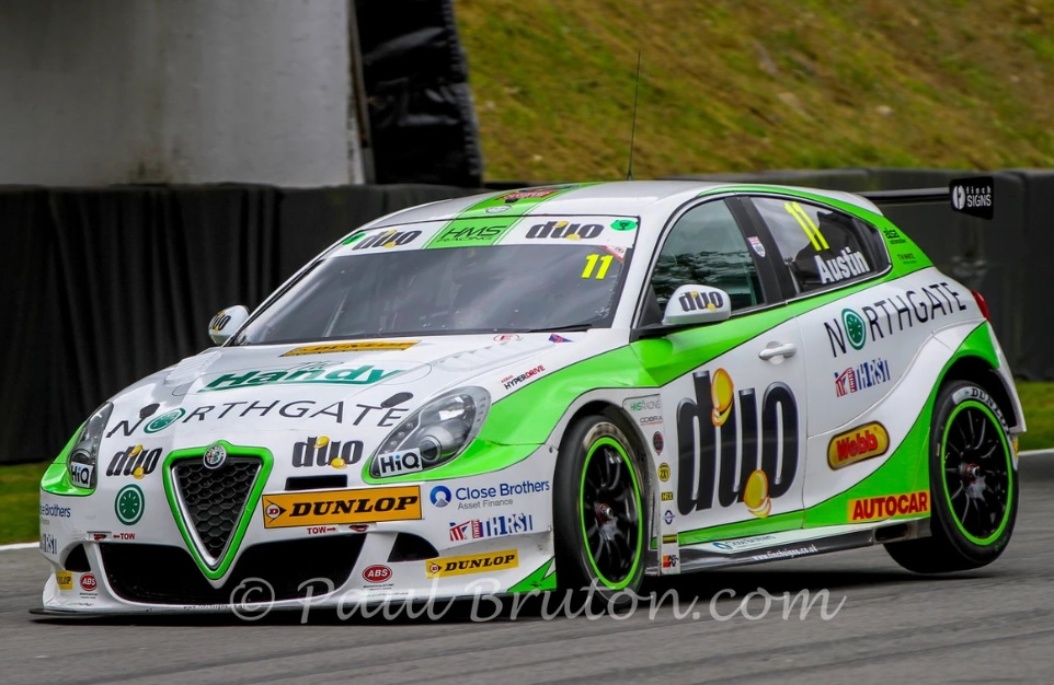 Rob Austin in the British Touring Car Championship Finale day at Brands Hatch on 30/9/18.